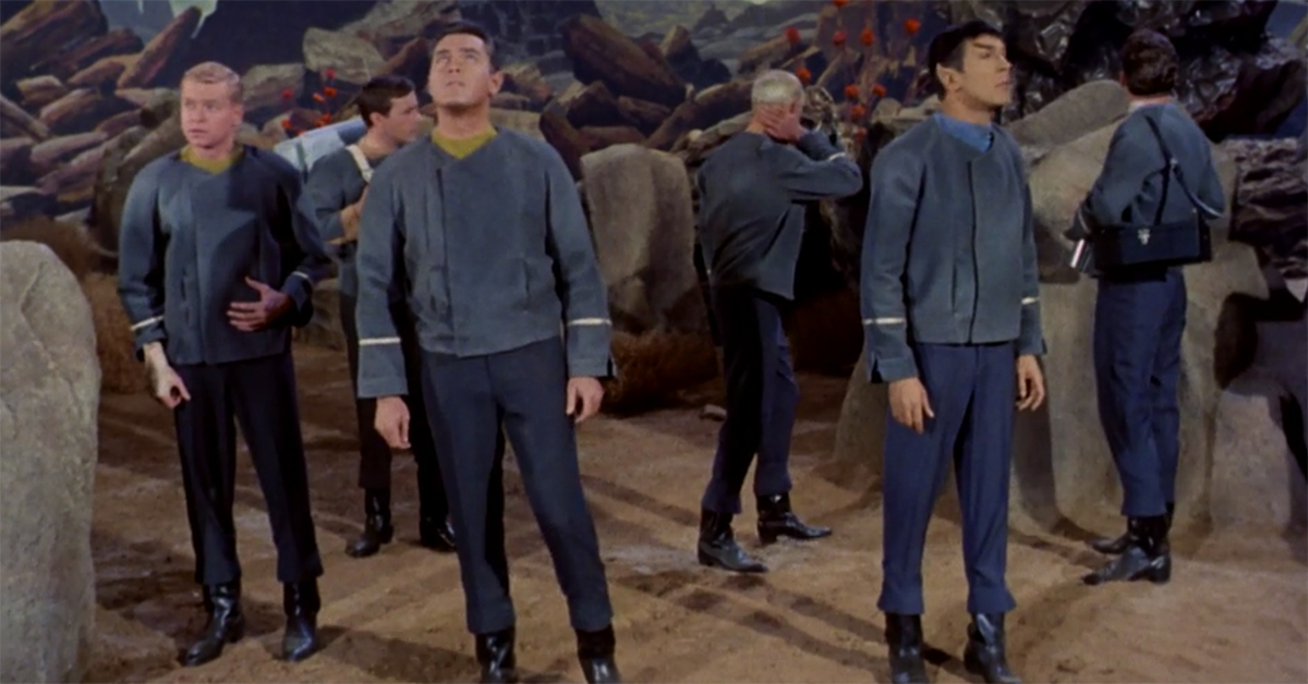 Enterprise Military Discount >> Heroes and Icons | Take a detailed look at the new Star Trek uniforms